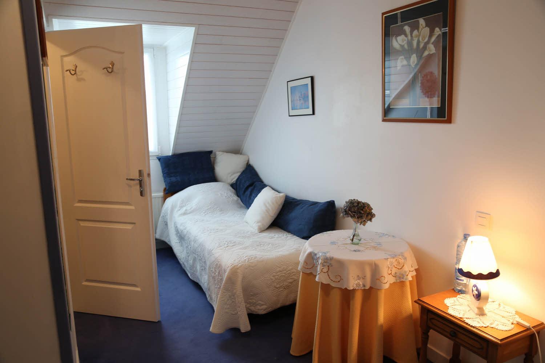 les chambres l 39 espace paisible. Black Bedroom Furniture Sets. Home Design Ideas